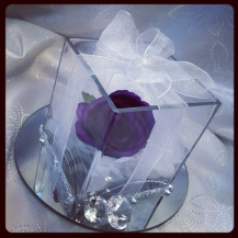 Cube gift vase Centrepiece - Lily Special Events Glasgow
